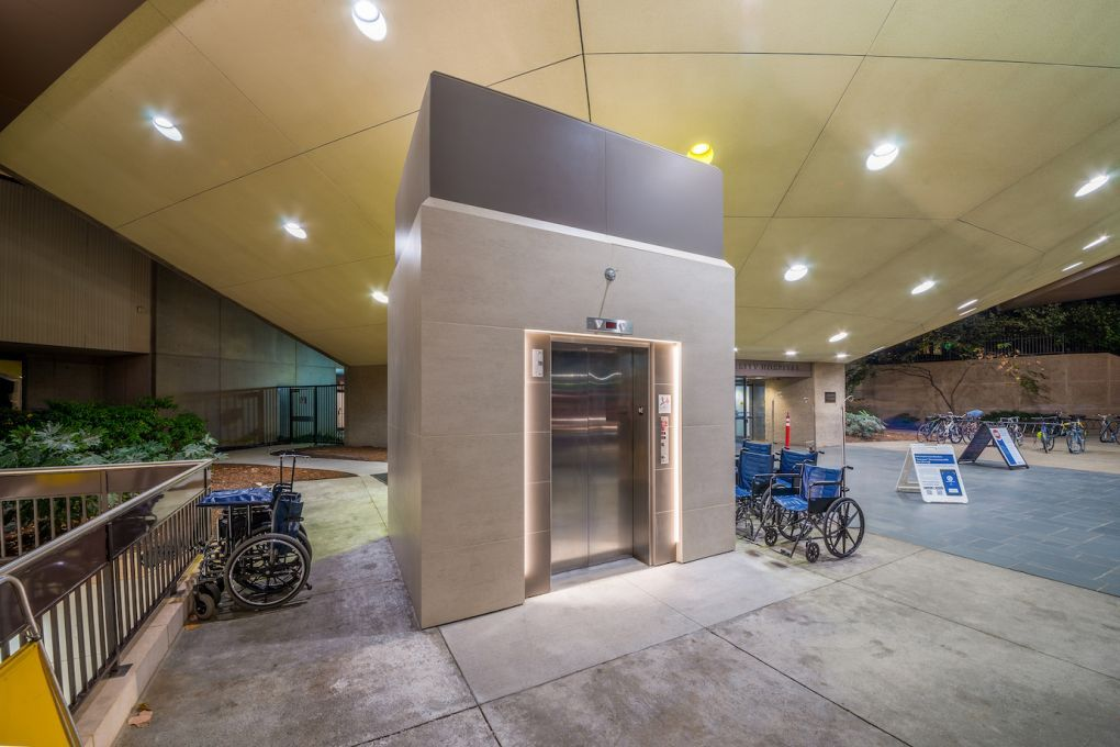 Rockinteriors_Duke-Hospital-front_1-copy