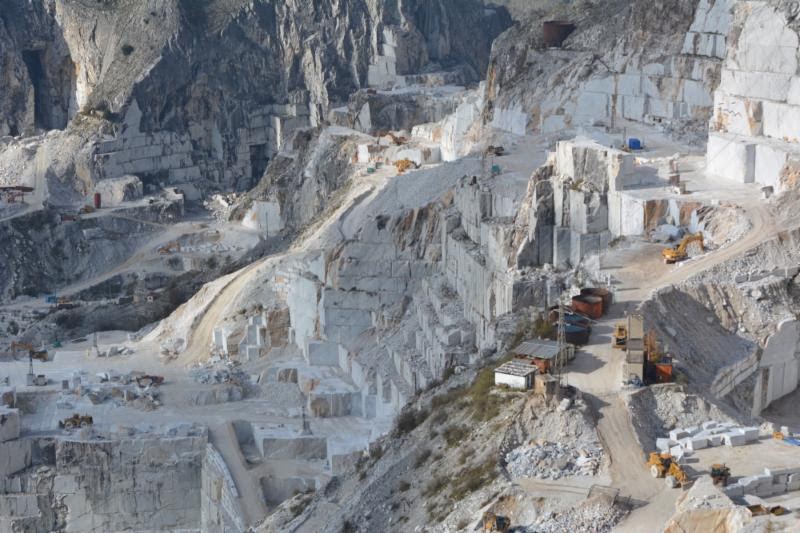 Direct From Italy Our Favorite Marble Quarry Rockinteriors