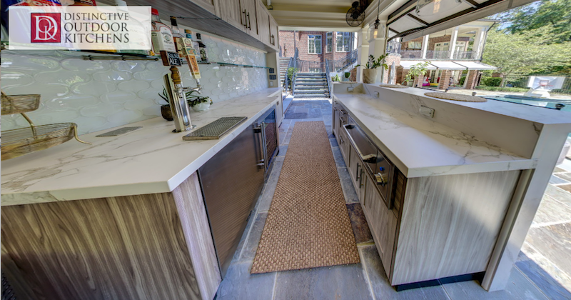 Rockinteriors_Distinctive-Outdoor-Kitchens
